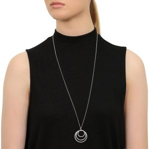 Model wears Silver Circle Necklace