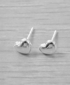 Puffy silver heart stud
